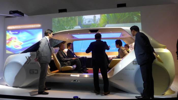 파나소닉이 선보인 자율주행차용 운전석 프로토타입(사진=전자신문)