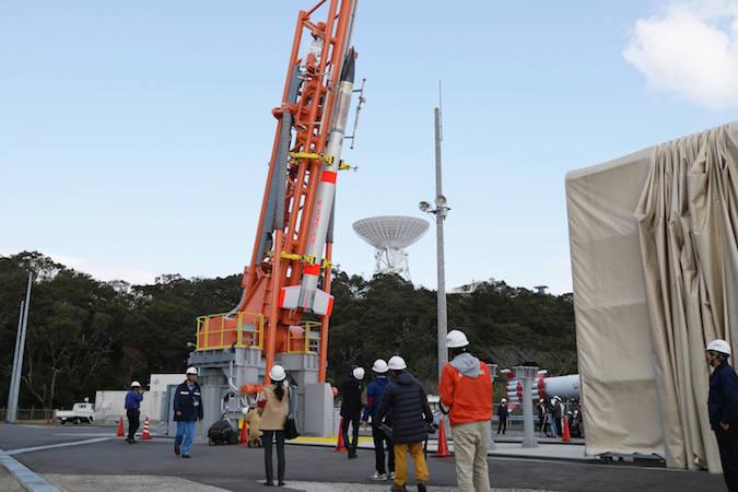 사진 3. 1kg내외의 큐브샛 발사 수요가 늘어나자 일본도 사운딩 로켓을 개량한 세계에서 가장 작은 초소형 우주발사체SS-520을 개발해 발사에 성공했다.