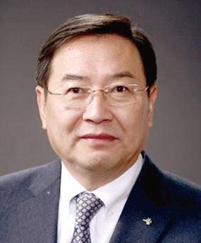 이건우 서울대 교수