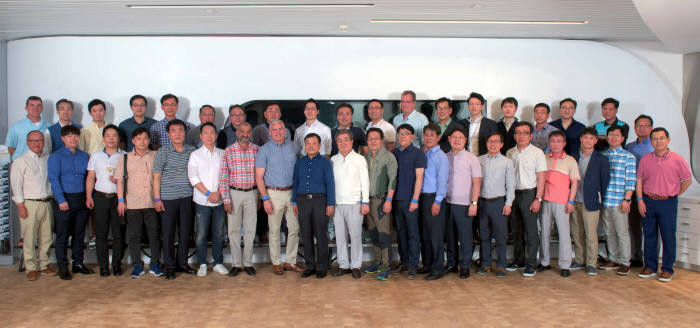 한국지엠의 국내 부품 협력사 중 27개 업체가 GM이 선정한 '2017우수 협력사'로 선정됐다.
