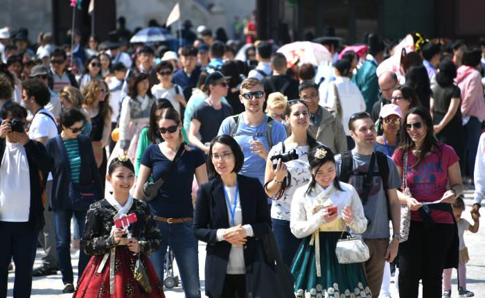 [2018남북정상회담]남북정상회담 외국인 관광객에게도 안도감과 평화가