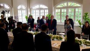 트럼프·김정은, 단독·확대정상회담 종료…약 140분간 '담판'