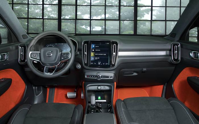 볼보자동차 XC40.