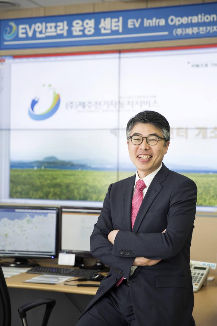 """[人사이트]박재홍 피엠그로우 대표, """"전기차 배터리팩 공장 짓는 이유를 아십니까"""""""