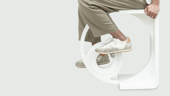 UNIST, 의자에 자전거 페달 결합한 '운동가구 스툴디' 개발