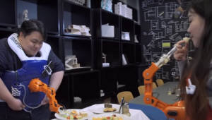 웨어러블 로봇 팔 '암-어-다인' 개발