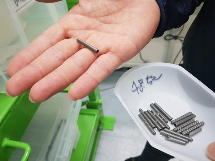 아스플로가 개발한 반도체 공정용 디퓨저 멤브레인