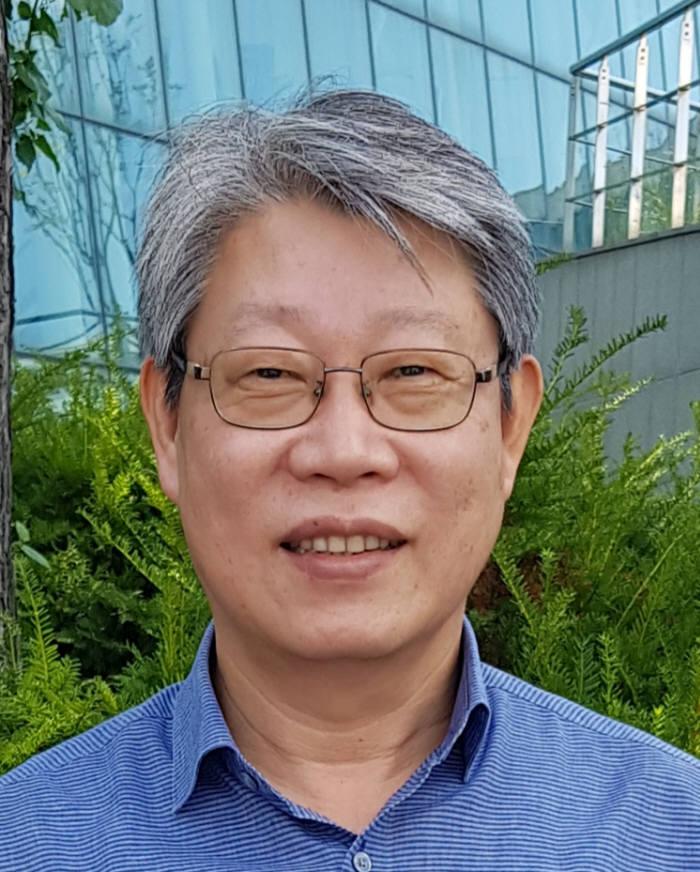 """[36주년 창간기획Ⅰ]<11>김진오 교수 """"로봇은 양질의 일자리와 평등 확산에 기여할 것"""""""