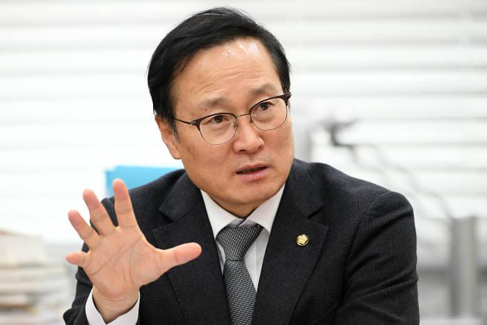 """홍영표 """"국회 열리면 '빅데이터 경제3법' 신속 처리"""""""