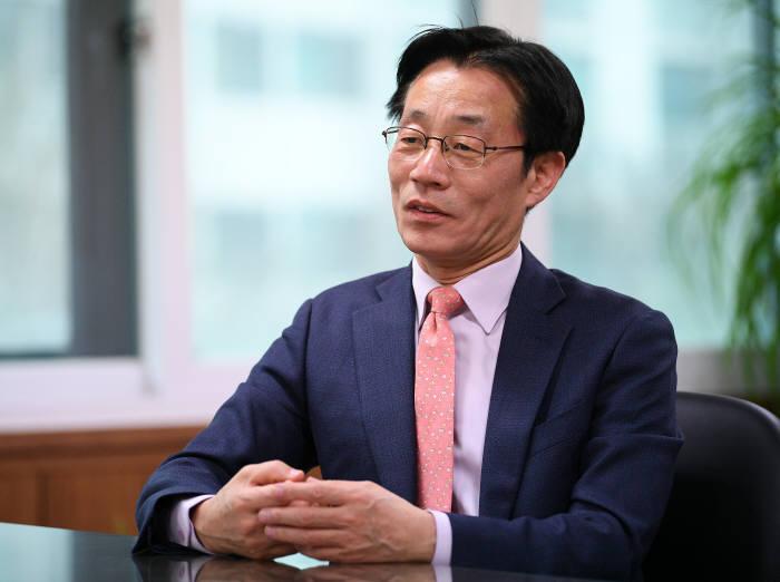 [人사이트] 이정구 한국정보통신산업연구원 원장