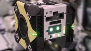 NASA가 개발한 '꿀벌' 로봇, 우주 비행 시작