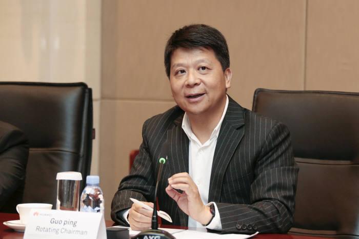 """궈 핑 화웨이 회장 """"韓, 20년 간 ICT로 산업 발전...작년 韓 구매액 100억불"""""""