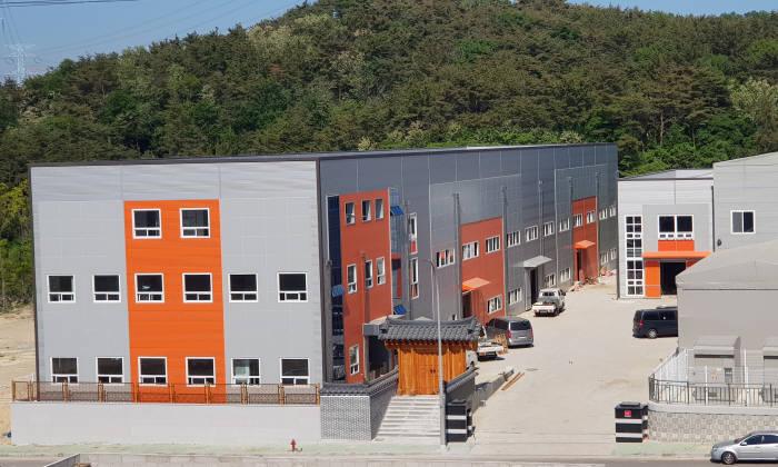 부산 기장군 반룡산업단지에 건립 중인 코노텍 신공장.