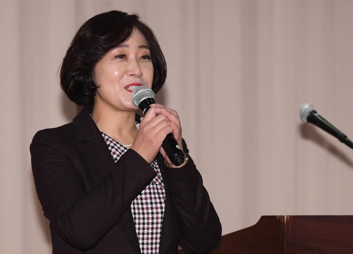 신향숙 시니어벤처협회장.