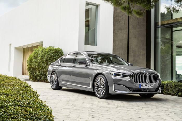 BMW 7시리즈 부분변경 모델.