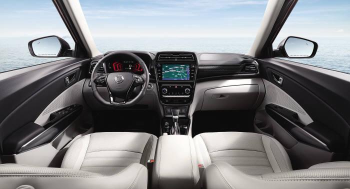 쌍용차 소형 SUV 베리 뉴 티볼리 인테리어(제공=쌍용차)