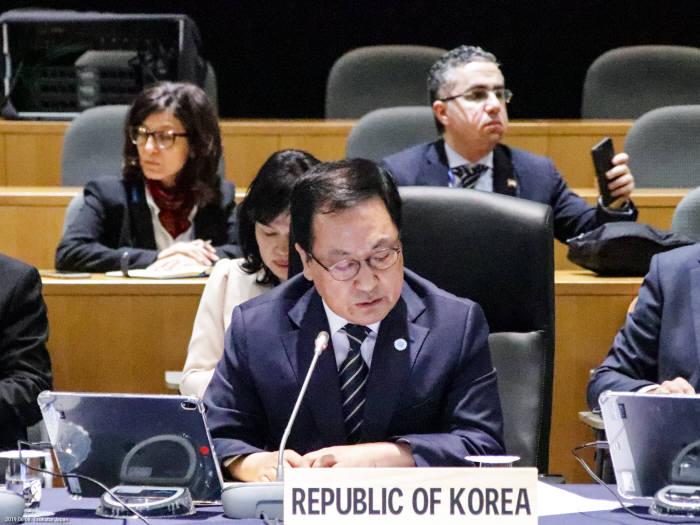 유영민 과학기술정보통신부 장관이 8일 이론 츠쿠바에서 열린 주요 20개국(G20) 디지털경제 장관회의에서 참석, 정책연설을 통해 디지털 경제 포용 성장을 위한 국제사회 협력이 필요하다고 강조했다. 유 장관은 한국의 디지털 변혁 경험도 공유했다.