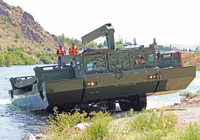 현대로템이 국산화 예정인 터키 FNSS의 자주도하장비 AAAB.
