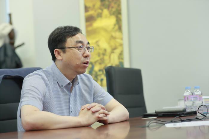 배성철 UNIST 산학협력단장