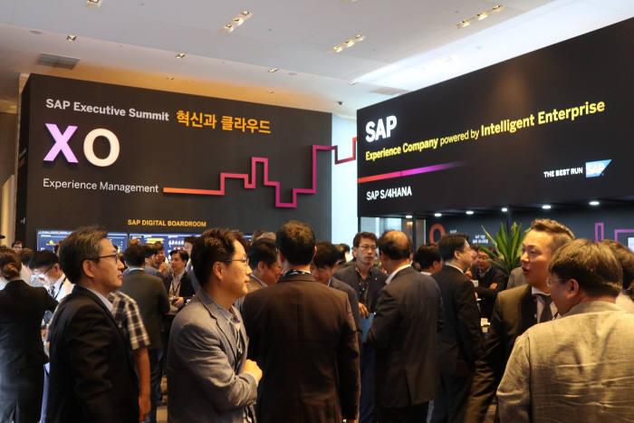 SAP가 11일 서울 삼성동 그랜드인터컨티넨탈에서 국내 최초로 SAP 이그제큐티브 써밋을 개최했다. 박종진기자 truth@