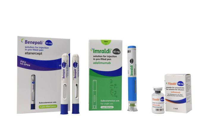 삼성바이오에피스 자가면역질환 치료용 바이오시밀러 3종. 왼쪽부터 베네팔리, 임랄디(미국 출시명 하드리마), 플릭사비
