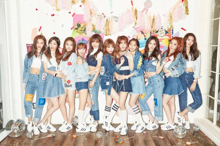 프로듀스101 시즌1 그룹 아이오아이(I.O.I). (사진=아이오아이 공식페이지 발췌)