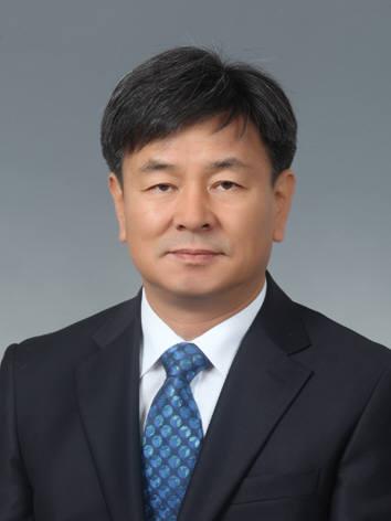 김정석 토포로그 수석전문위원