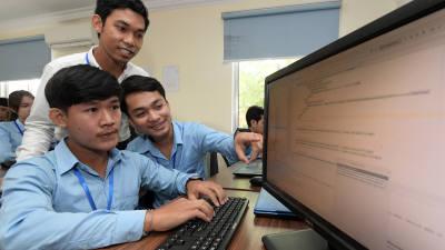 '기술독립 실크로드' 현장을 가다 <Ⅱ>캄보디아