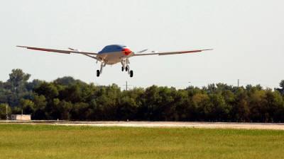 美 해군-보잉, 공중급유 드론 시험 비행 성공