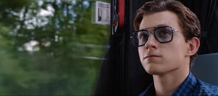 피터 파커가 착용한 이디스 스마트 안경