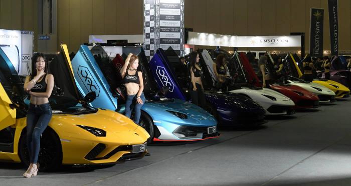 역대 최대규모 자동차 애프터마켓 전시회 오토살롱위크 개막