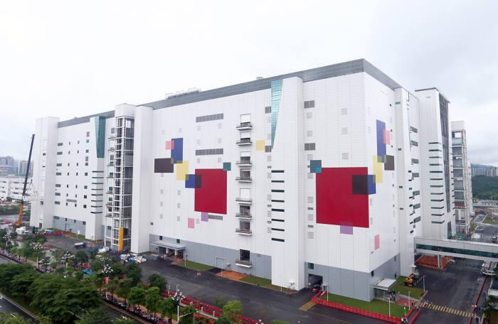LG디스플레이 중국 광저우 8.5세대 OLED 공장 전경 (사진=LG디스플레이)