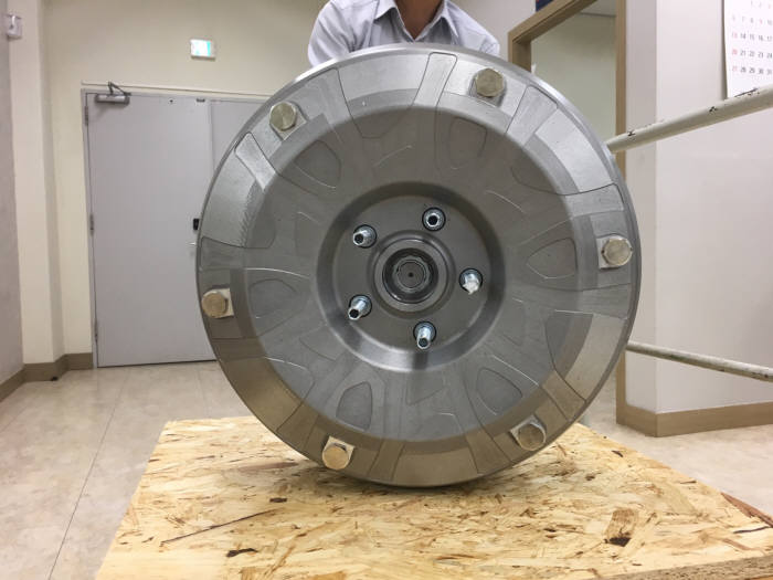 피티지가 개발한 미래차 핵심 동력장치인 인휠 모터시스템.