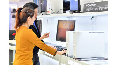 [데이터뉴스] 윈도7 지원 종료 앞두고 PC 교체 활발