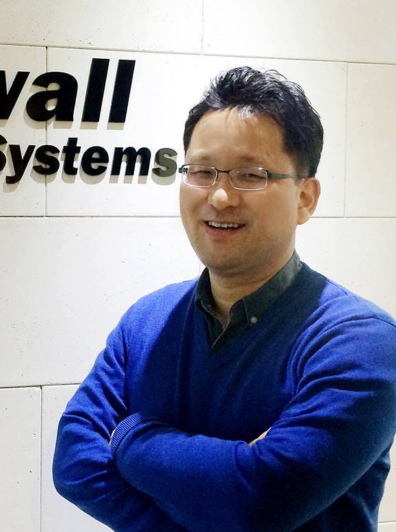 """이종성 워터월시스템즈 대표가 """"윈도10 전환에 대한 안정적인 지원과 함께 다양한 로그수집에 대한 자동분석기능을 통해 단순 PC보안툴을 넘어 빅데이터 서비스를 제공하겠다""""고 말했다."""