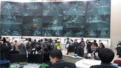 부산 산업시찰에 특별정상회의 참석자 몰려