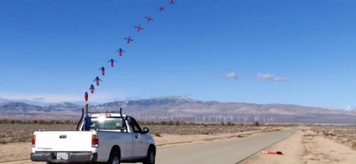 캘리포니아공과대학과 NASA JPL이 함께 개발한 스퀴드 드론 발사 모습. <사진=CALTECH>