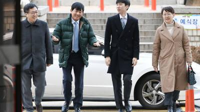'타다' 첫 공판 출석하는 이재웅-박재욱