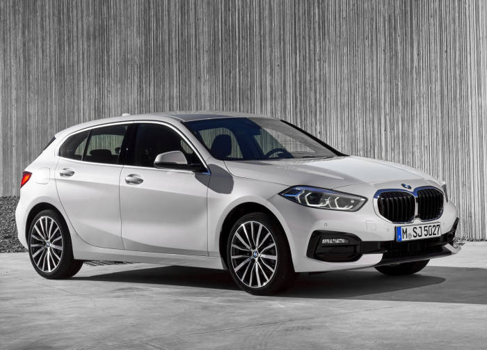 BMW 소형 해치백 1시리즈.