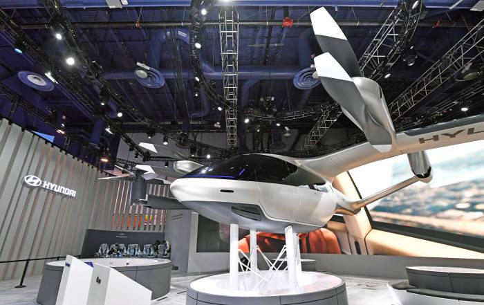 현대차와 우버가 함께 제작해 CES 2020에 처음 공개한 PAV 콘셉트 S-A1.