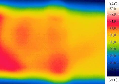 티디엘이 개발한 전기차 투명면상발열체의 온도 변화 모습.