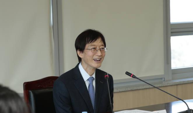 이용훈 UNIST 총장.
