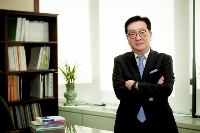 """[인사이트]권택민 한국지식재산연구원장 """"지식재산이 혁신성장으로 이어지도록 기반 연구 강화"""""""