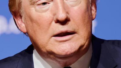 """트럼프 """"중, 우한폐렴 봉쇄 열심히 노력…시진핑에 감사"""""""
