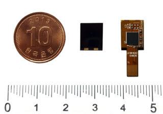 센코가 개발한 초소형 가스센서. 가운데 사진은 센싱부, 오른쪽 사진은 모듈화한 후면이다.