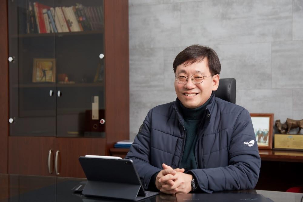 """[人사이트]황호철 시그넷이브이 대표, """"충전기 매출 1000억원에 도전"""""""