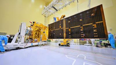 아시아 미세먼지 관측하는 눈, 천리안 2B호 '발사'