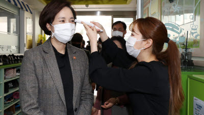 유 부총리, 사립유치원 찾아 'K-에듀파인' 도입 점검