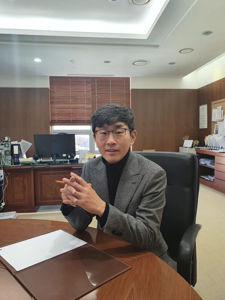"""[人사이트]최경진 가천대 교수 """"데이터3법은 안전한 활용 위한 법적 근거"""""""