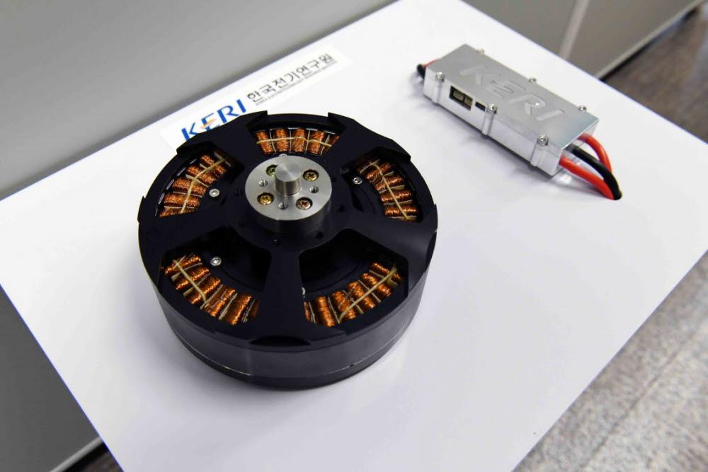 KERI가 미래 UPMV에 적용하고자 개발한 고출력 다상 전동기와 속도제어기